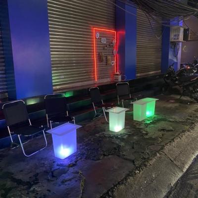 Bàn led phát sáng 7 màu cho trà chanh bar pub giá rẻ nhất